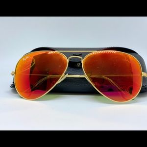 Ray-Ban Aviator Sunglasses 🕶